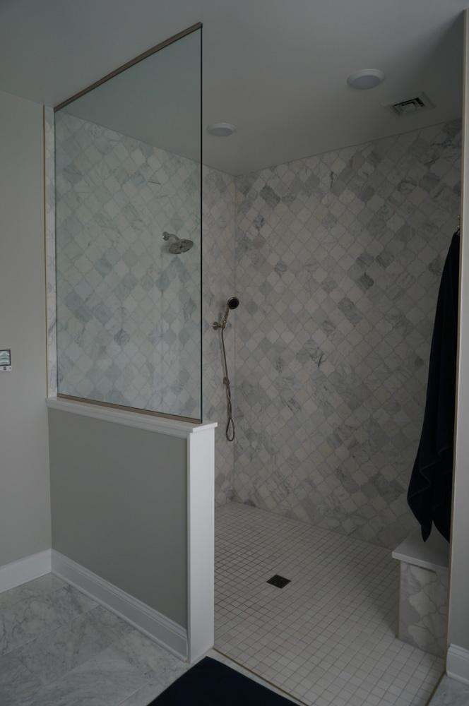 Drew Bathroom 03.jpg