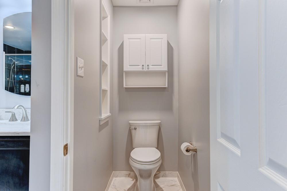 petty lane bathroom