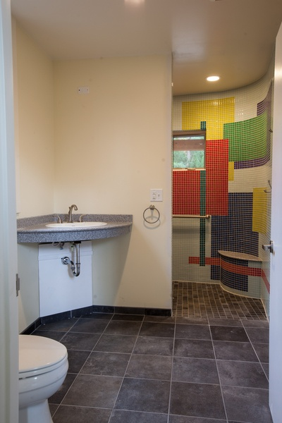 Meetinghouse-Bathroom-Tilghman-Builders