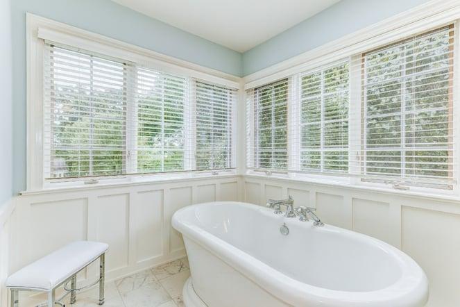 Foxfield Bathroom 18