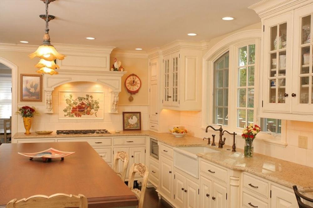 Gantt Kitchen 1.jpg