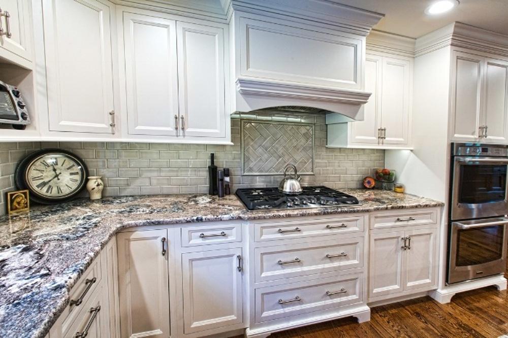 Holly Kitchen 2.jpg