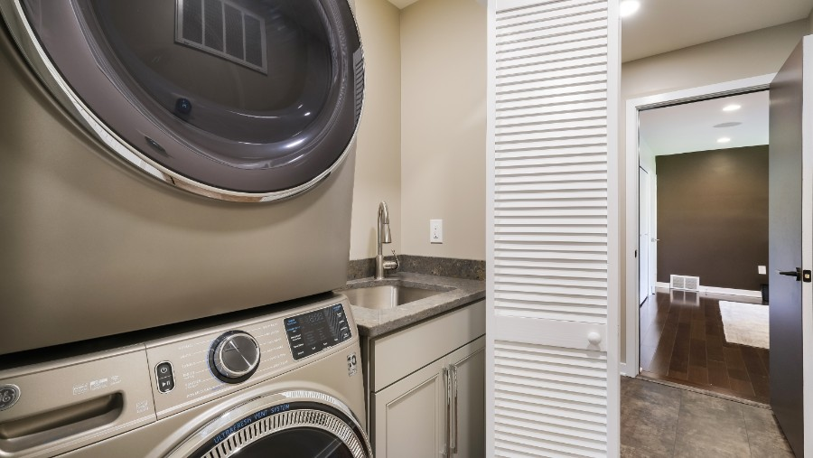 Chattin laundry DSCF0232-Edit