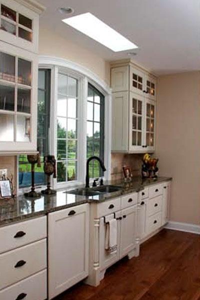 Byron Kitchen 02.jpg