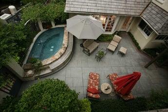 Weintraub-pergola-patio_spa-terrace-detached-garage