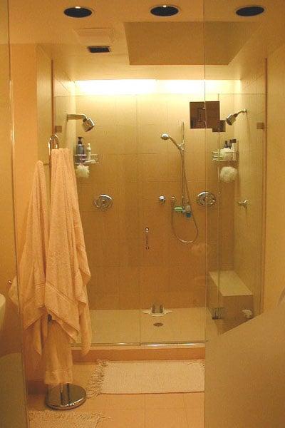 Windy Bush Bathroom 01.jpg
