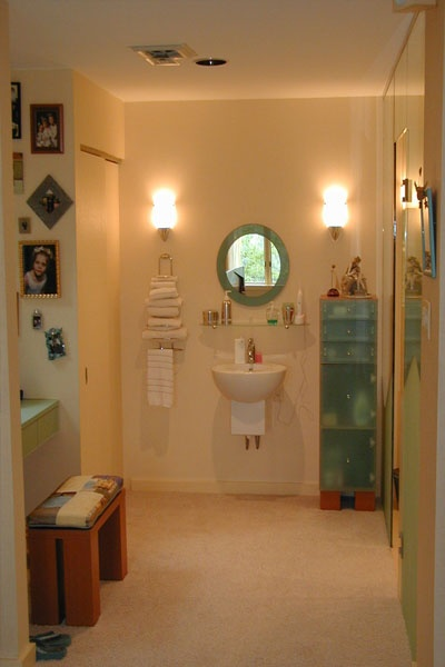 Windy Bush Bathroom 02.jpg
