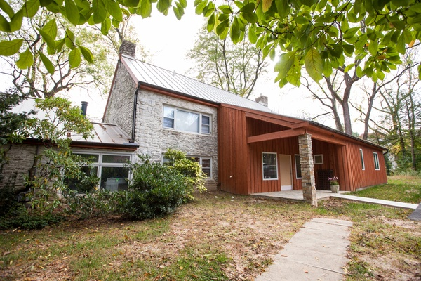 wood-siding-addition-remodel-renovation-home-improvement