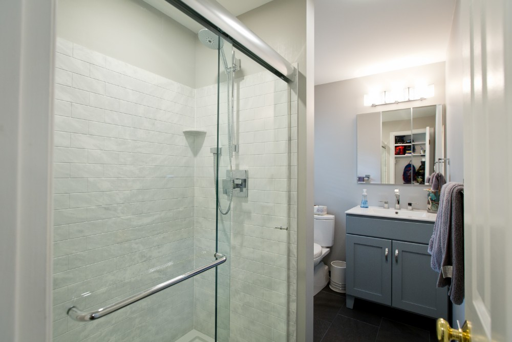 Eco-Friendly Features for Your Master Bathroom Remodel
